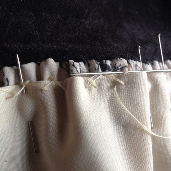 hand-sewing-lining-a-stretch-stitch-from-left-to-right
